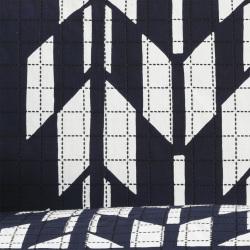 型染めの自由布 矢絣(紺)<刺し子厚手120サイズ>/作り手 山内武志さん(静岡県浜松市)